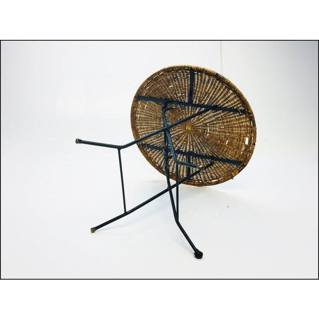 Mid Century Modern Wicker & Iron Round Folding Side Table For Sale - Image 5 of 11