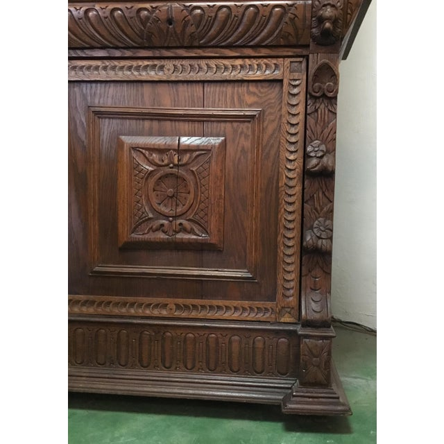 Brown 19th Century Belgian Hunt Cabinet For Sale - Image 8 of 13