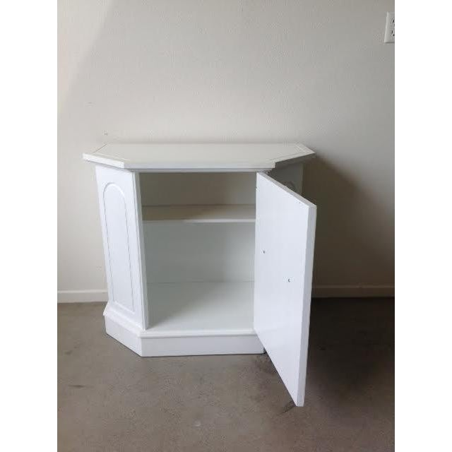White Hollywood Regency Style Cabinet For Sale - Image 4 of 6