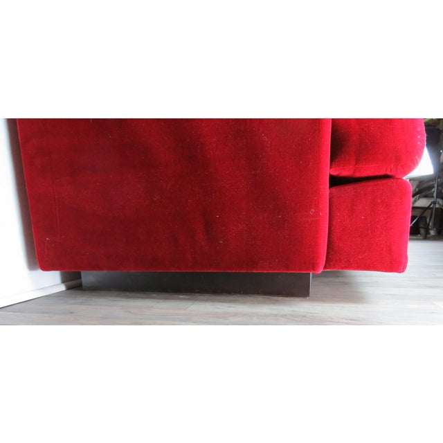 """Red 1960s Mid-Century Modern Lipstick Red Button-Tufted """"Cord"""" Velvet Sofa For Sale - Image 8 of 13"""