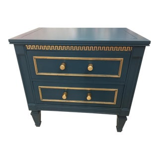20th Century Hollywood Regency Drexel Side Table/ Night Stand For Sale