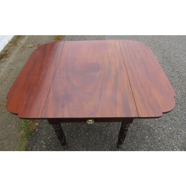 Antique Federal Dropleaf Solid Mahogany Table For Sale - Image 10 of 13