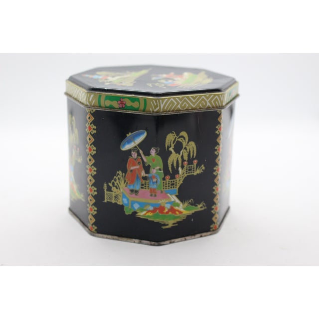 1990s Tin Box Company Chinoiserie Pictorial Box For Sale - Image 4 of 8