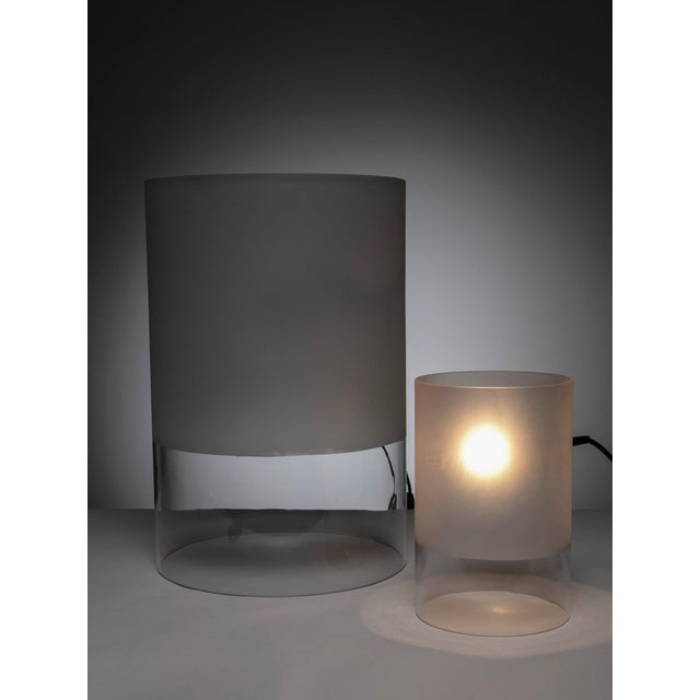 """Contemporary Pair of """"Fatua"""" Table Lamps by Guido Rosati for Fontana Arte For Sale - Image 3 of 5"""