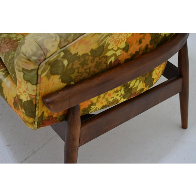 Lawrence Peabody Barrel Back Tufted Floating Chair For Sale - Image 4 of 9