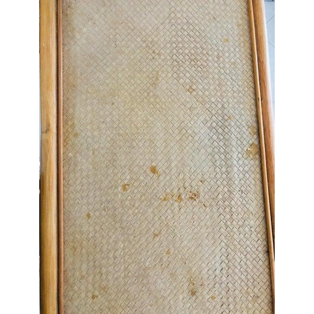 Vintage 1960s Pagoda Shape Rattan Bamboo Shelves Etagere Palm Beach Regency For Sale - Image 11 of 13