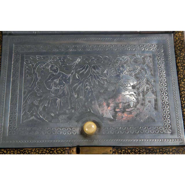 19th Century Chinoiserie Antique Humidor Jewelry Box For Sale In New York - Image 6 of 12