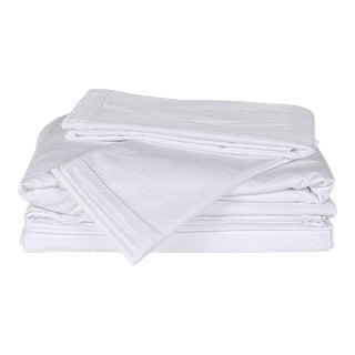 Matteo Sei White Cal King Sheet Set - 4 Pieces For Sale