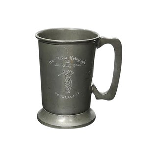 Vintage English Pewter Golf Trophy Pint Tankard For Sale