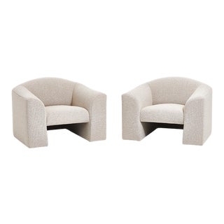 Brueton Lounge Chairs in White Boucle, Circa 1980 For Sale