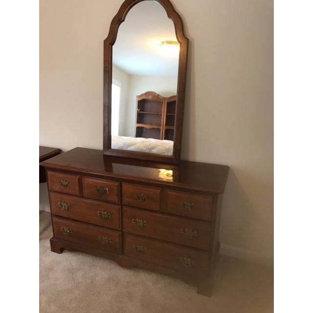 Stanley Stanley Furniture Dresser & Mirror For Sale - Image 4 of 4