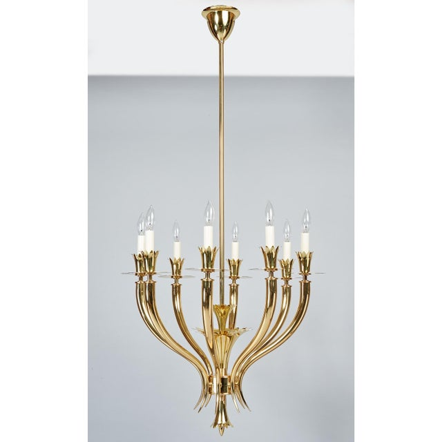 Art Deco Gio Ponti Important Geometric 8-Arm Chandelier in Polished Brass, Italy 1930s For Sale - Image 3 of 11