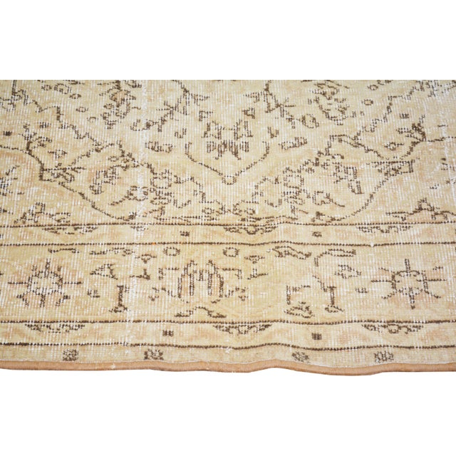 "Vintage Turkish Hand Knotted Whitewash Organic Wool Fine Weave Rug,7'x9'8"" For Sale - Image 4 of 6"