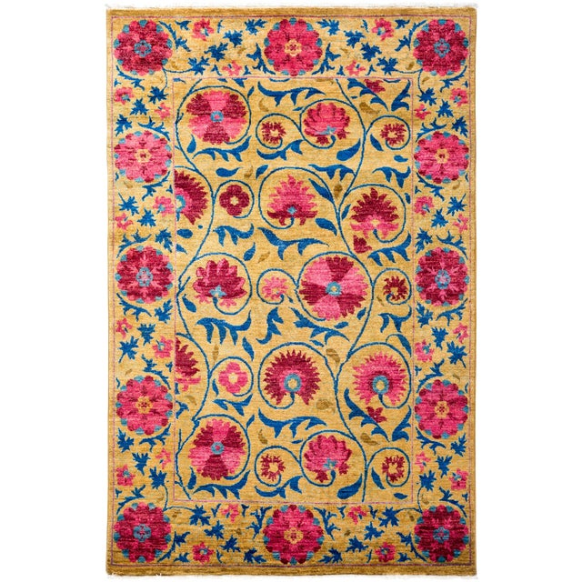 "Suzani, Hand Knotted Area Rug - 4' 2"" X 6' 5"" For Sale"