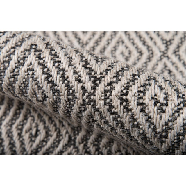 """Erin Gates Downeast Wells Charcoal Machine Made Polypropylene Area Rug 2'7"""" X 7'6"""" For Sale - Image 4 of 10"""
