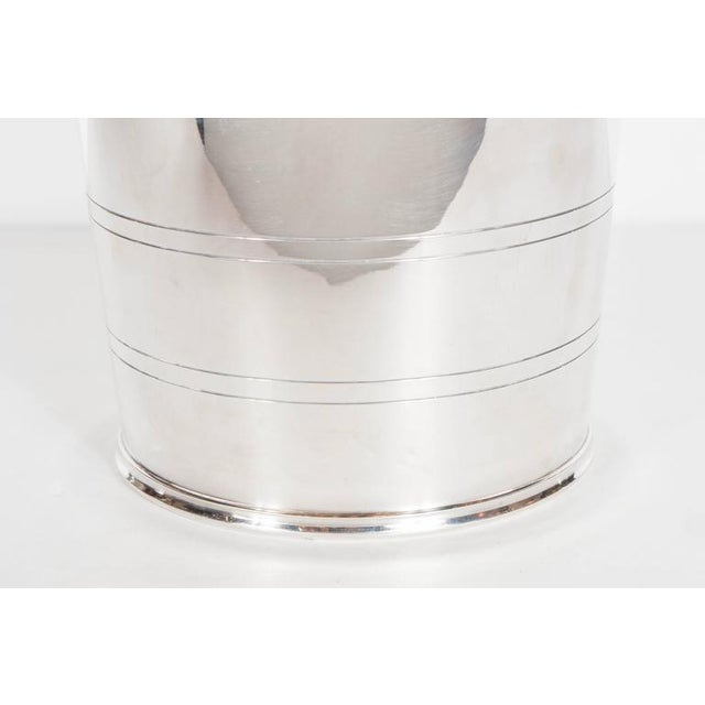 1930s English Art Deco Silver-Plate Ice Bucket with Handles For Sale - Image 5 of 8