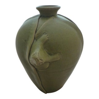 Chinoiserie Pottery Vase With Lucky Frog Decoration