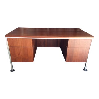 1970s Mid Century Modern Jg Furniture Walnut and Aluminum Executive Desk For Sale