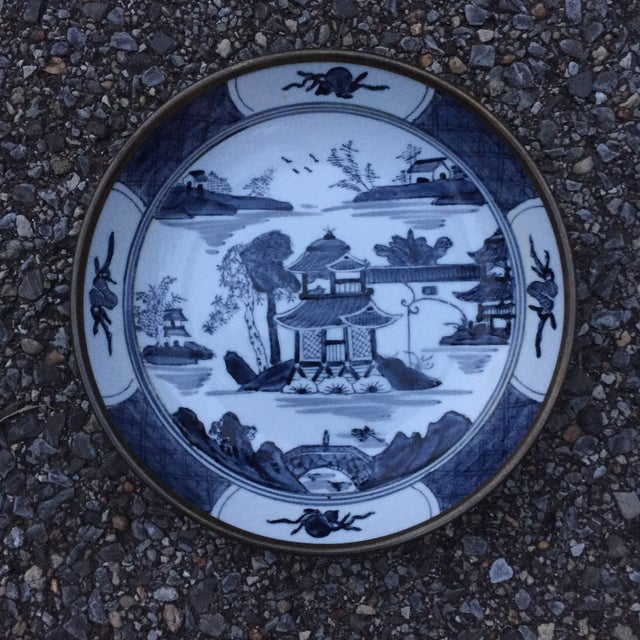 Chinoiserie Blue Willow Brass Clad Bowl - Image 2 of 6