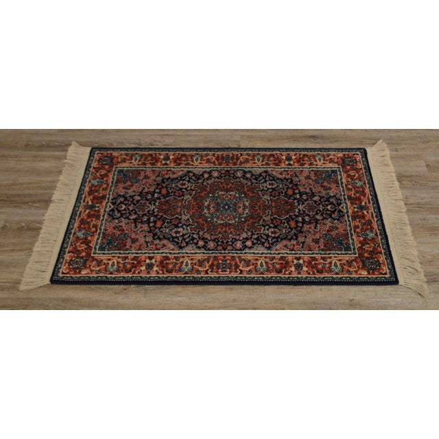 "Karastan Kashan Medallion 2'10"" X 5' Throw Rug #741 For Sale - Image 4 of 13"