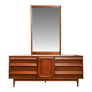 Style House Mid-Century Modern Dresser With Mirror
