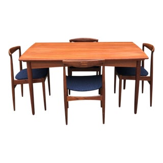 Danish Expandable Draw-Leaf Table & Vamo Sønderborg Chairs - Set of 5