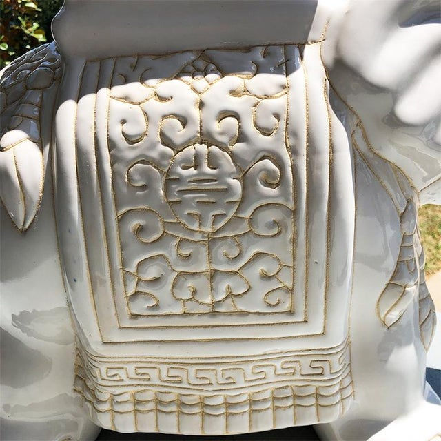 1970s Chinese Chinoiserie White Happy Lucky Elephant Side Table or Garden Stool For Sale - Image 4 of 7