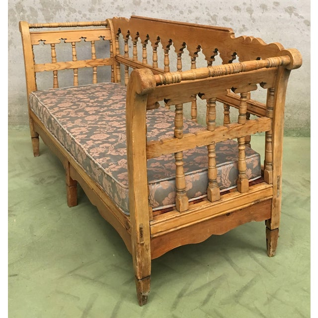 Brown 19th Century Large Pine Country Bench or Daybed For Sale - Image 8 of 11