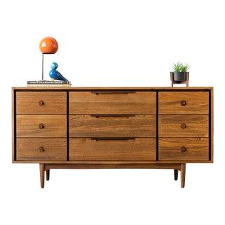 "Dillingham ""Samara"" Mid-Century Modern Dresser For Sale"