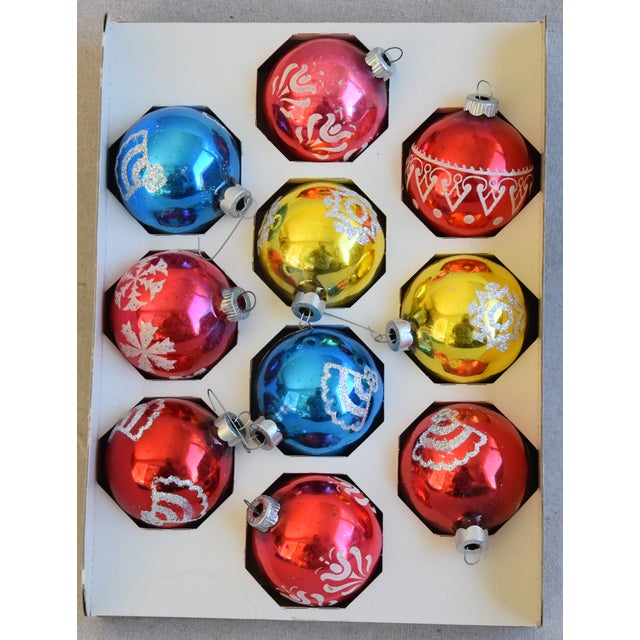 Mid-Century Modern Vintage Colorful Christmas Ornaments withBox - Set of 10 For Sale - Image 3 of 9