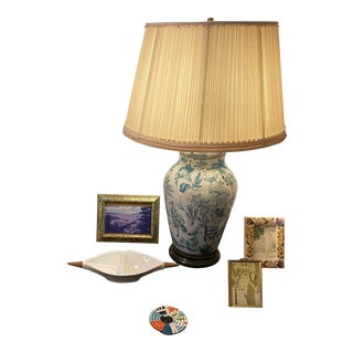 Early Mid-Century Chinese Hand Painted Paper Mâché Table Lamp (No Lamp Shade) For Sale