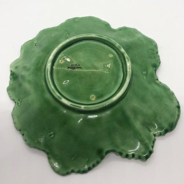 """Ceramic Vintage Majolica """"Cabbage"""" Dark Green Leaf Salad or Serving Plate For Sale - Image 7 of 9"""