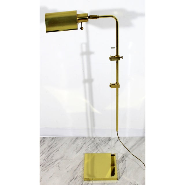Mid-Century Modern Brass and Lucite Adjustable Floor Lamp Bauer Kovacs Era For Sale In Detroit - Image 6 of 9