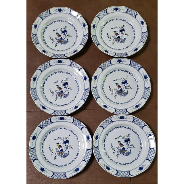 Ceramic Wedgwood Volendam Pattern China Georgetown Collection Dinner Plates - Set of 6 For Sale - Image 7 of 7