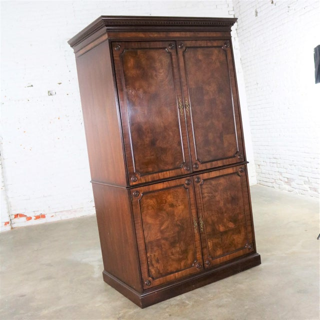 Hekman Furniture Georgian Style Large Mahogany Entertainment Armoire Wardrobe Cabinet by Hekman For Sale - Image 4 of 13