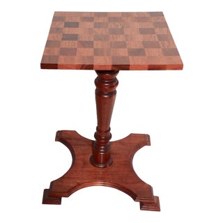 20th Century Mahogany Chess Table & 1940s Vintage Hand Carved Chess Pieces For Sale