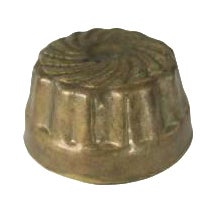 Vintage Small Brass Round Kitchen Mold - Image 1 of 3