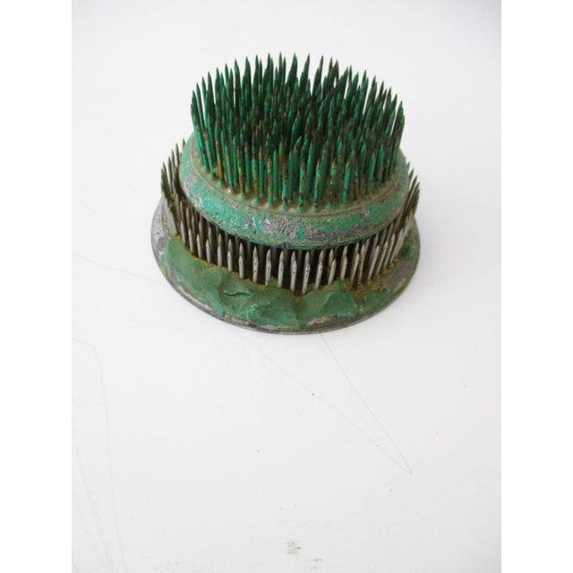 Green Cast Iron Flower Holder - A Pair - Image 2 of 10