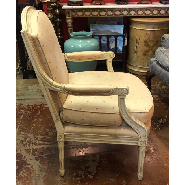Louis XVI Baker Furniture Louis XVI Style Scalamandre Fabric Fauteuil Chair For Sale - Image 3 of 13