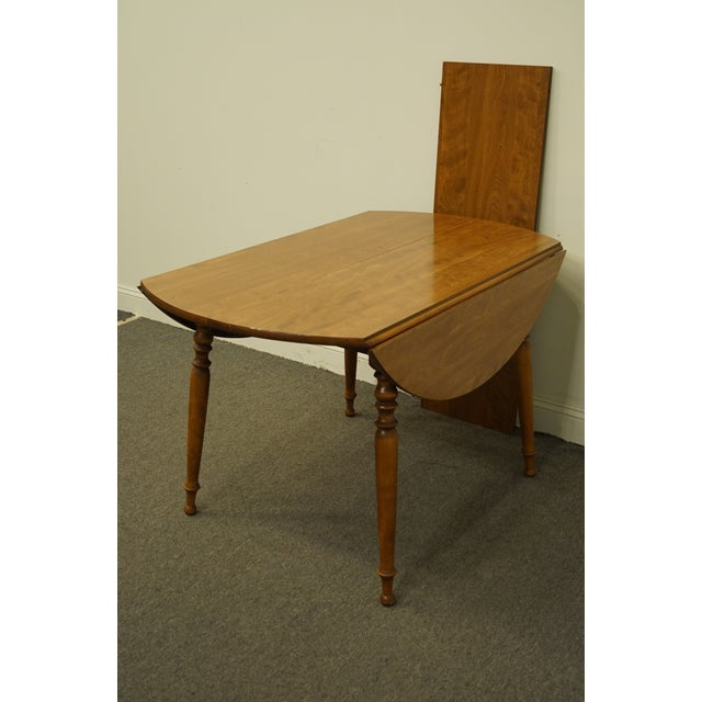 "Ethan Allen Vintage Ethan Allen Heirloom Nutmeg Maple 29"" Round Drop Leaf Dining Table For Sale - Image 4 of 12"
