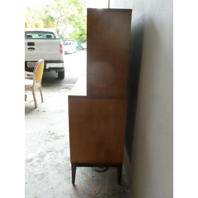 1950's Vintage Planner Group Paul McCobb Restored 2 Tier Cabinet For Sale In Miami - Image 6 of 9
