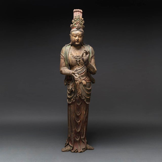 15th Century & Earlier Pair of Lacquered Wooden Sculptures of Bodhisattvas For Sale - Image 5 of 8