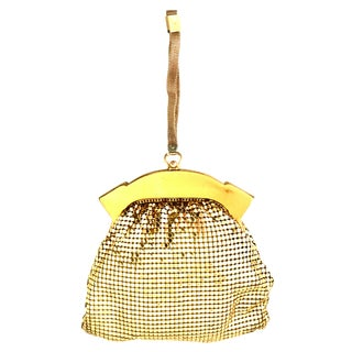 1930's Whiting & Davis Gold Metal Mesh Wristlet Evening Bag For Sale