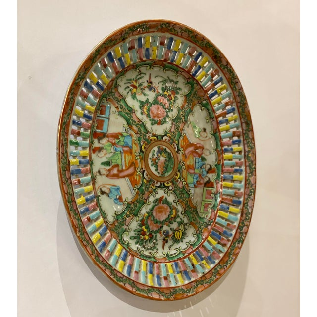 Famille Verte Pierced Bowl and Under Plate For Sale In Dallas - Image 6 of 13