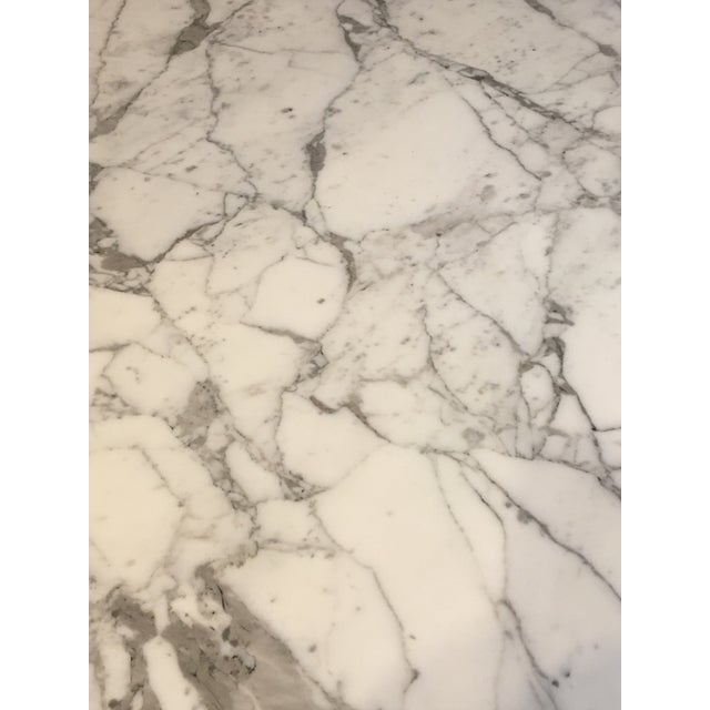 """Knoll Mid-Century Modern Eero Saarinen for Knoll 54"""" Marble Dining Table For Sale - Image 4 of 10"""