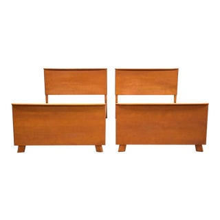 Heywood Wakefield Champagne Twin Beds - a Pair a Mid-Century Modern For Sale