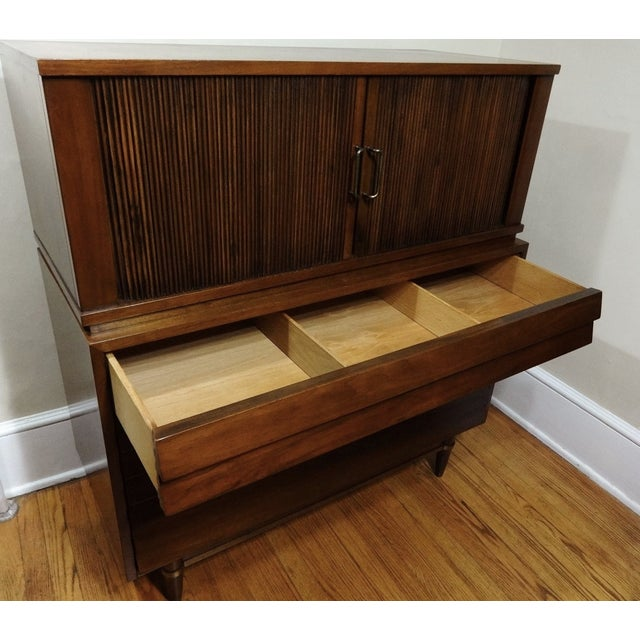 American of Martinsville Dania Highboy Chest - Image 6 of 8