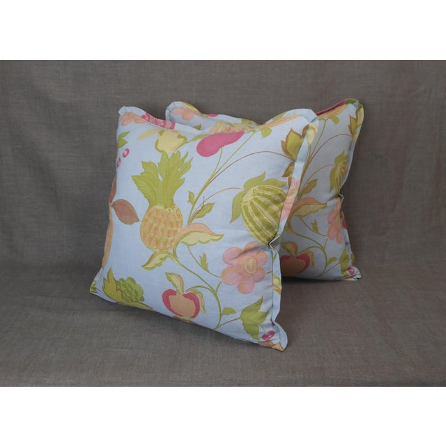 Feather Raoul Textiles Throw Pillows in Miranda Linen Print - a Pair For Sale - Image 7 of 7
