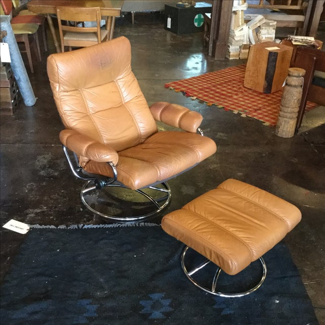 Ekrone Stressless Leather Recliner & Ottoman - Image 3 of 9