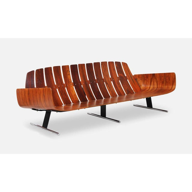 Metal Jorge Zalszupin's Rosewood 'Presidencial' Sofa for l'Atelier For Sale - Image 7 of 7